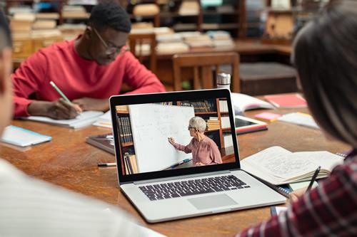 Educação Pós-Covid …. Poderá a educação (mesmo) mudar?!